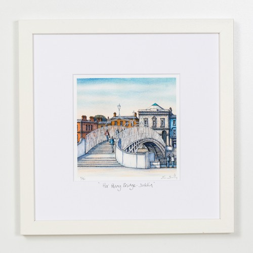 Ha-Penny-Bridge-Dublin-Square-Frame